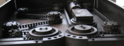 "Roller Chain - ""Pre-loading"" or ""Pre-stretching"""